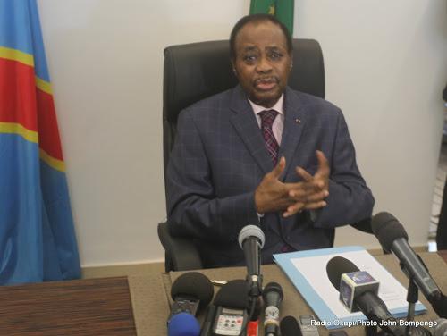 Le facilitateur de l'Union Africaine pour le dialogue politique en République Démocratique du Congo, Edem Kodjo lors d'une conférence de presse à Kinshasa, le 11/04/2016. Radio Okapi/Ph. John Bompengo